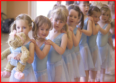 Melody Bear and baby ballet dancers